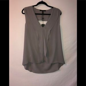 BCBGMAXAZRIA tank top with opening in the back